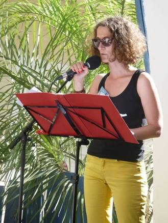 (c) Micheline Simon